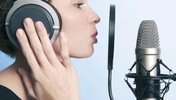 Voix off tout type de voix, homme et femme.
